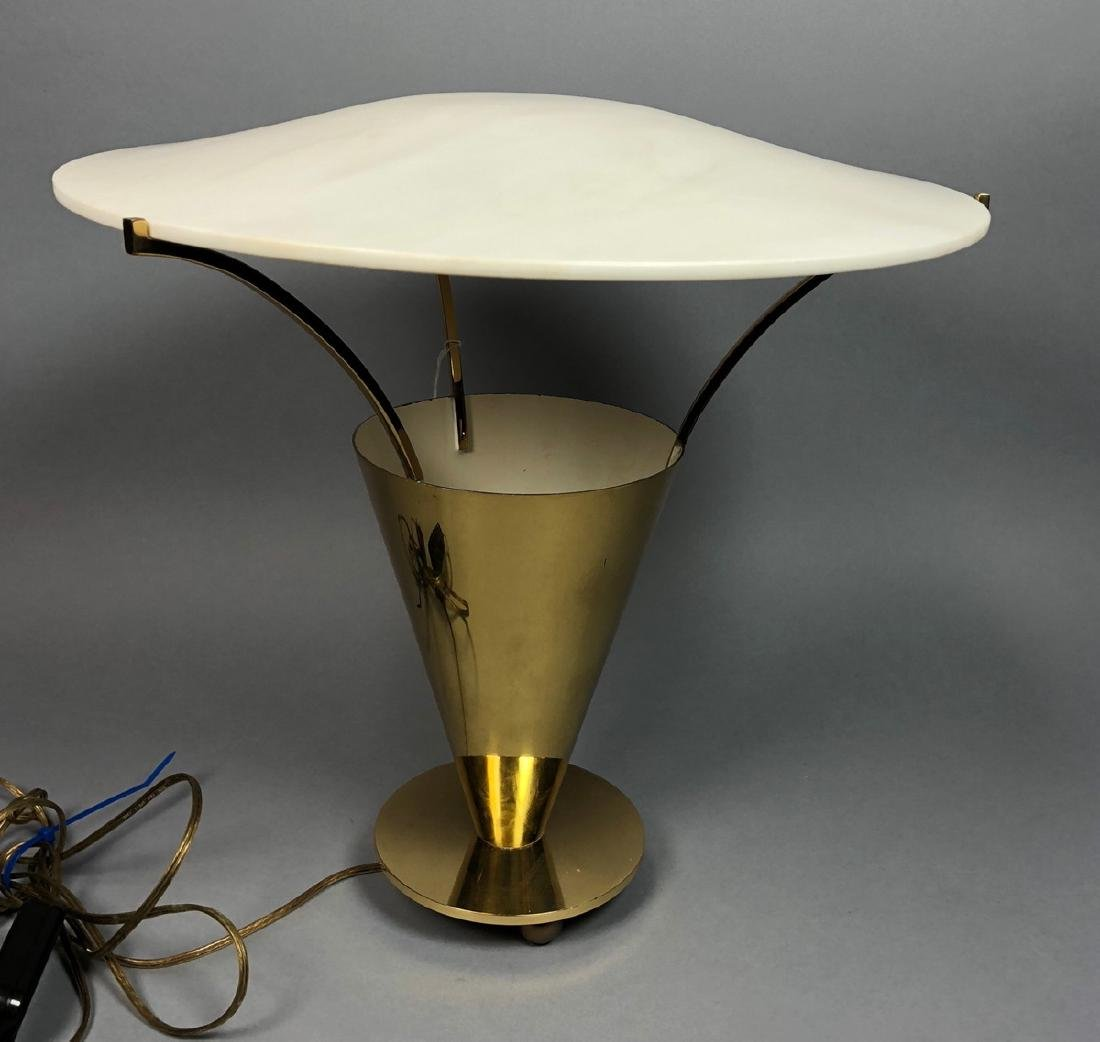 Modernist Mid Century Brass Table Lamp. Brass con