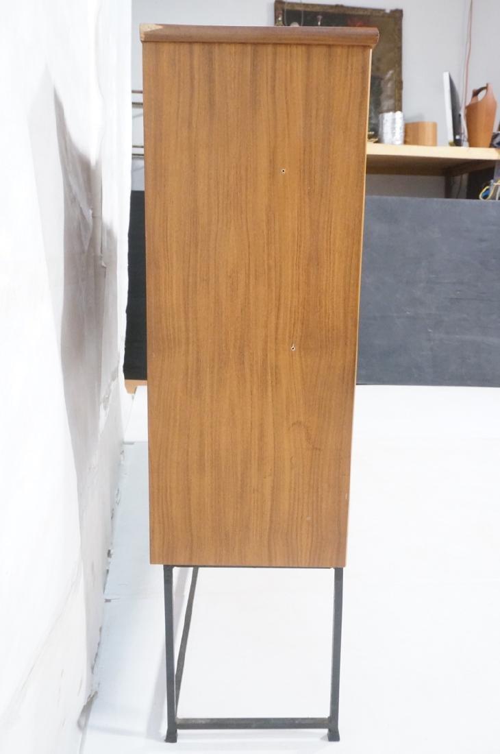 American Modern Walnut Cabinet Display Unit. 2 sl - 5