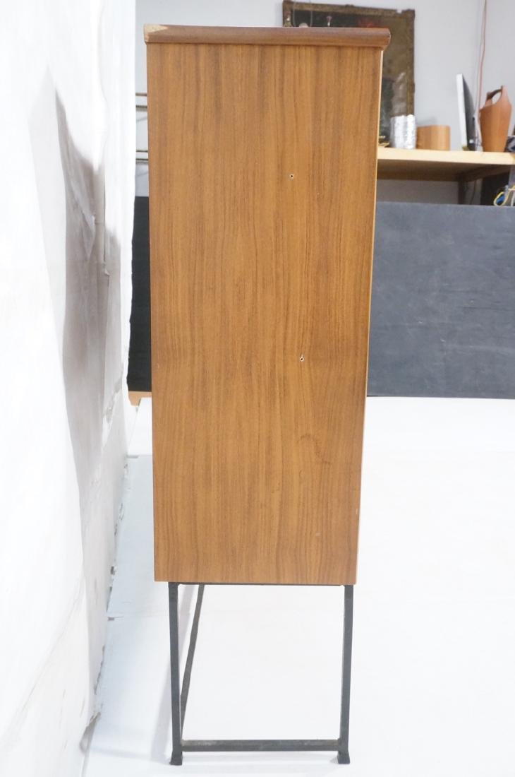 American Modern Walnut Cabinet Display Unit. 2 sl - 5