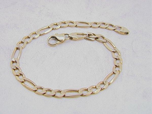 103: 14K Gold Mans Link Bracelet.     Dimensions:  : L: