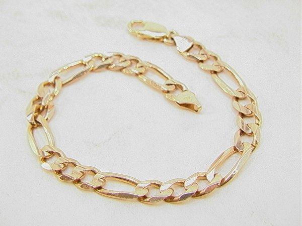 110: 10K Gold Mans Link Bracelet with 14K Gold Clasp.