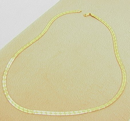 111: 14K Gold Necklace Flat Design with and a Textured