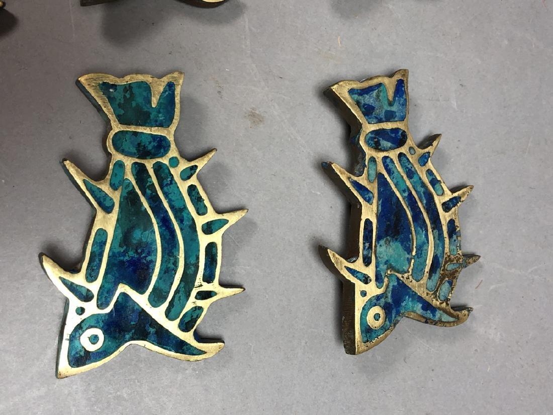 Set 8 PEPE MENDOZA Brass & Inlay Fish Pulls. Figu - 2
