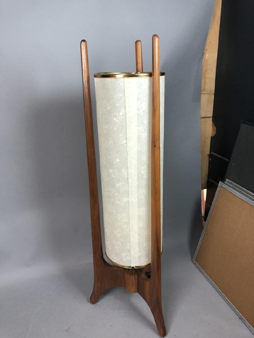 Modern Walnut Tri Leg Table Lamp. Bubble textured - 4