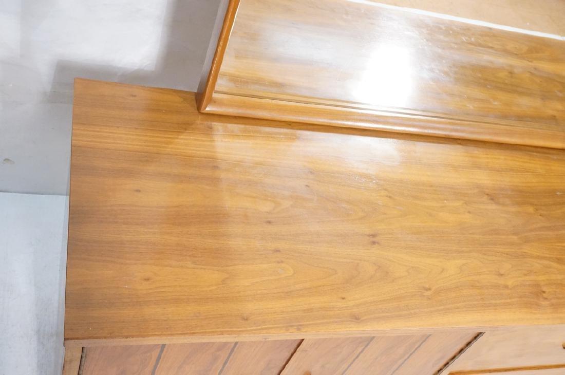 3pc Mid Century Walnut Bedroom Dressers & Mirror. - 4