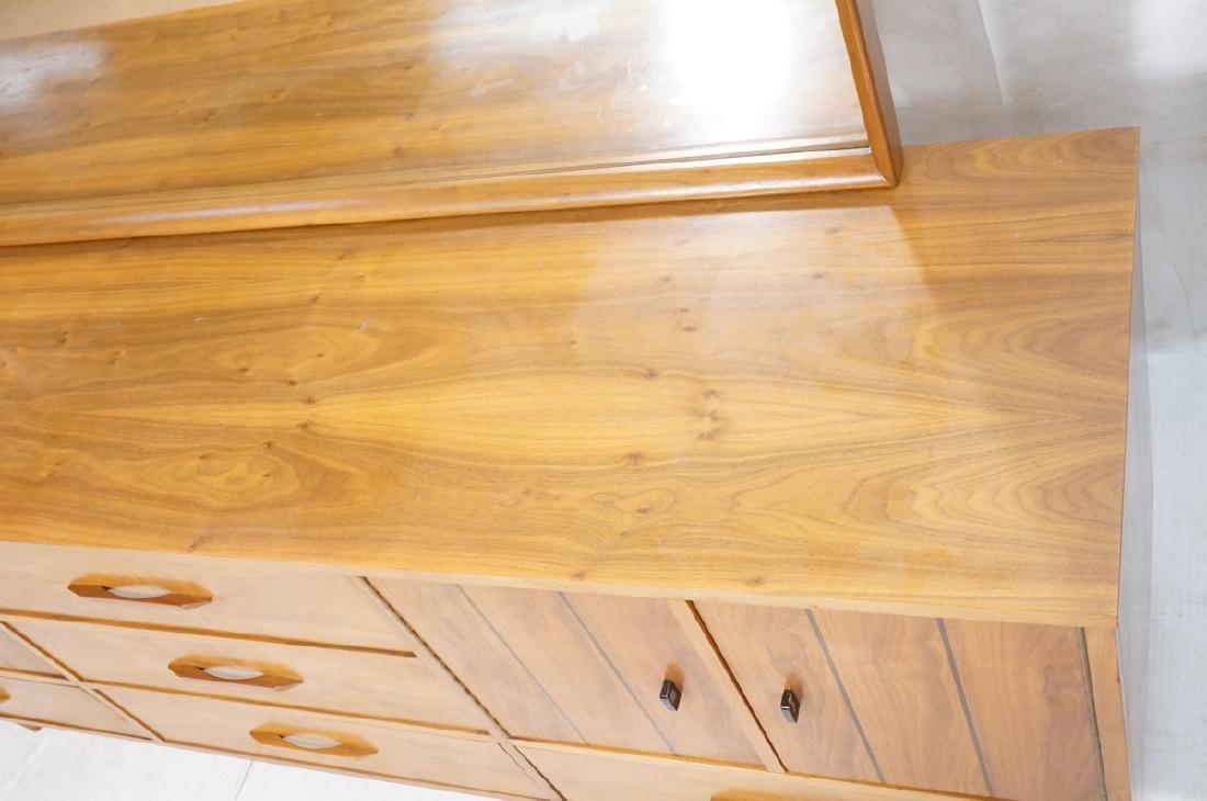 3pc Mid Century Walnut Bedroom Dressers & Mirror. - 5