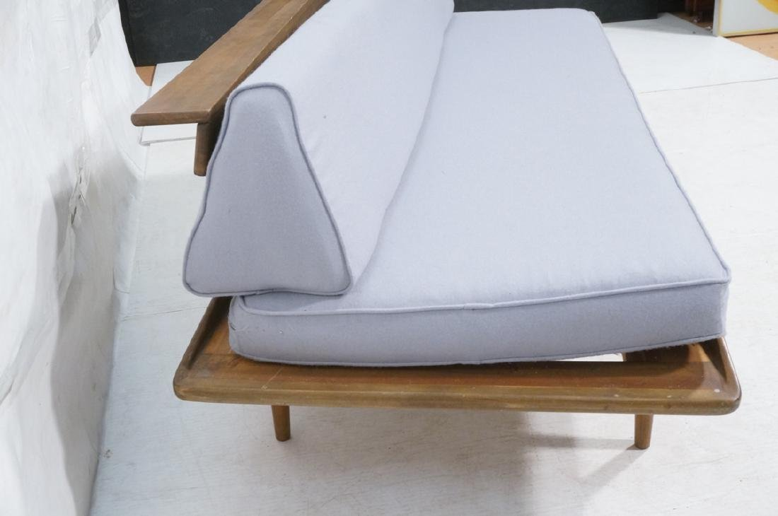 HANS WEGNER Style Sofa Daybed. Armless couch with - 3