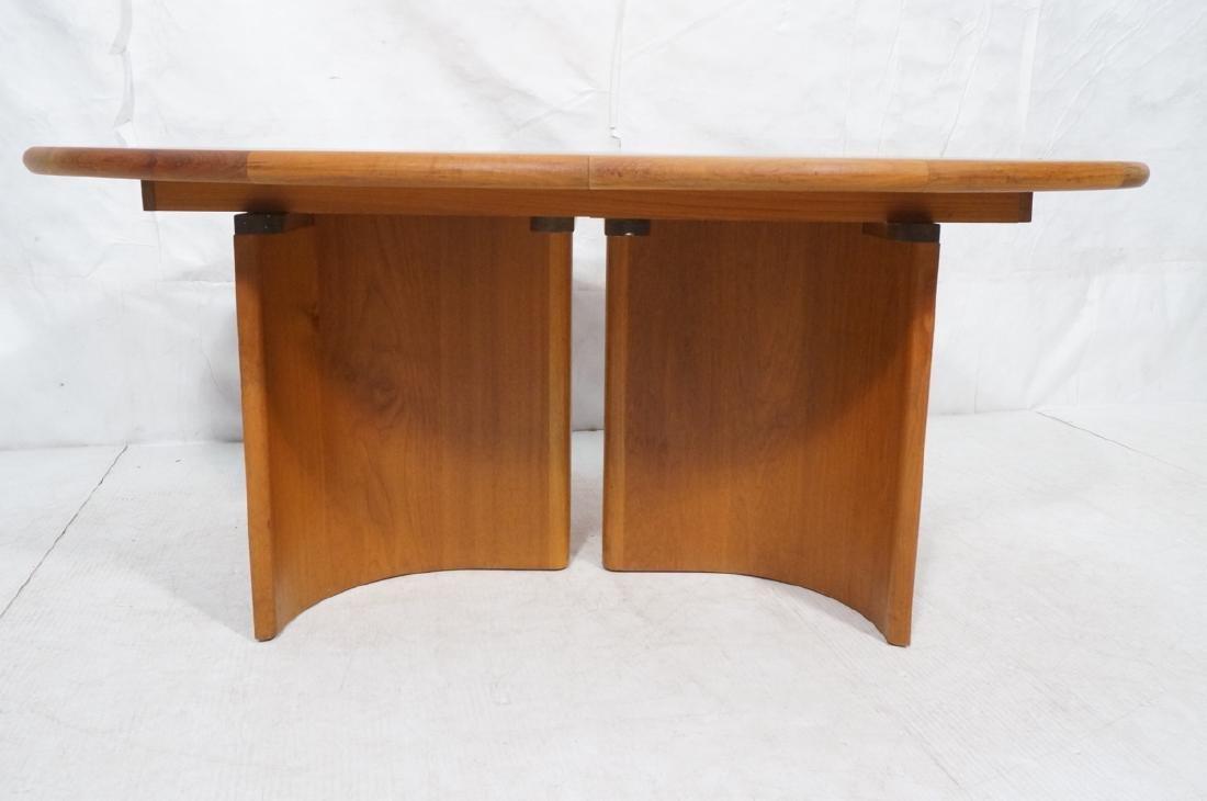 Danish Modern Teak Oval Dining Table Banded Trim. - 2