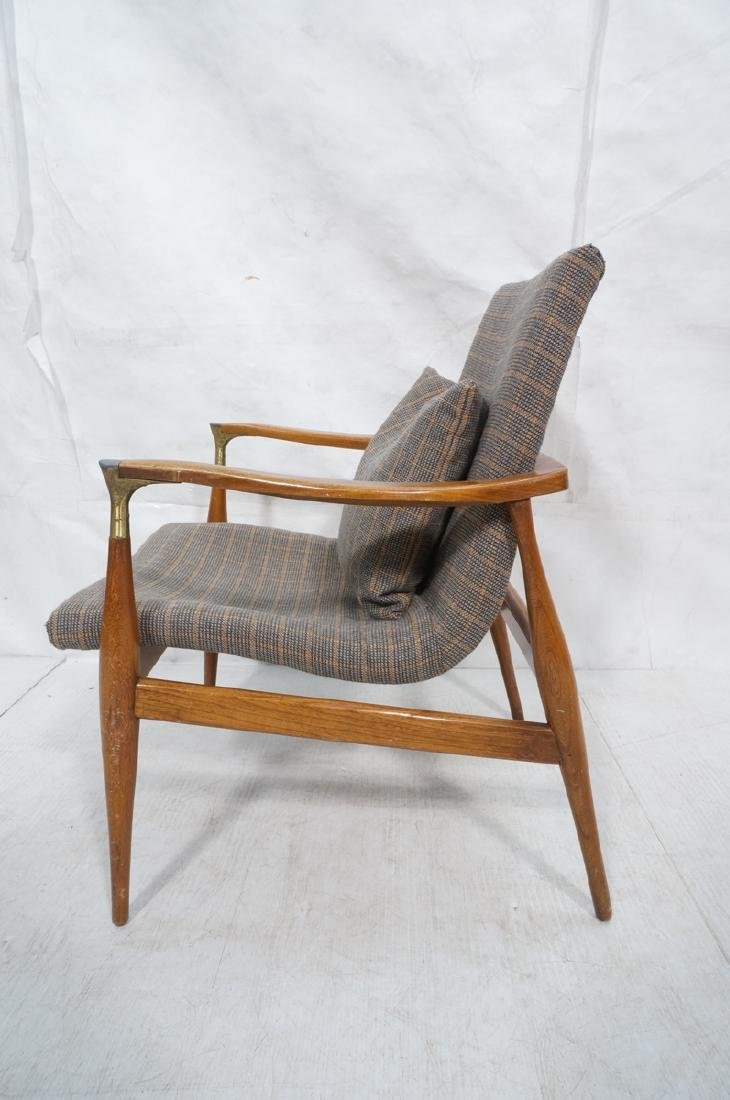Mid Century Modern Lounge Chair. Stylized arms & - 4