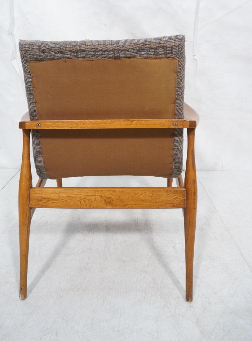 Mid Century Modern Lounge Chair. Stylized arms & - 5
