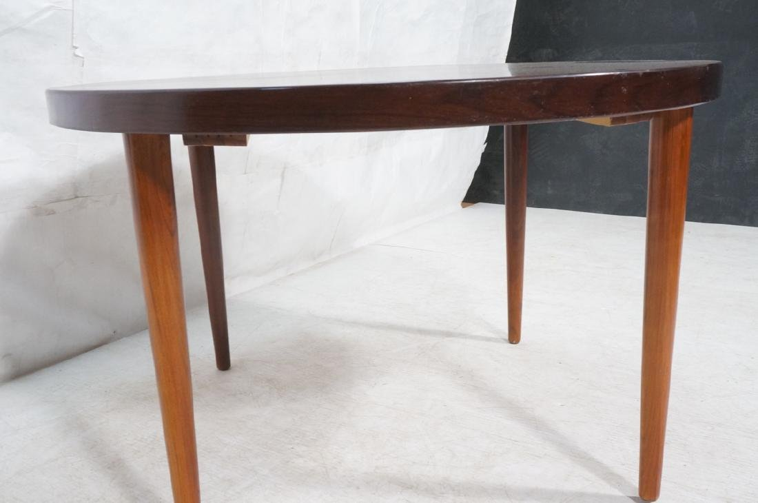 Round Rosewood Modernist Dining Table. Tapered le - 3