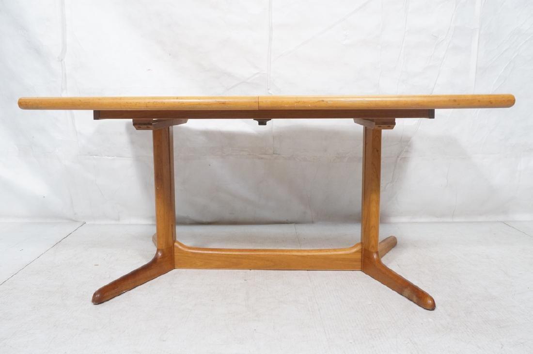 SKOBVBY Danish Modern Teak Bow Side Dining Table. - 2
