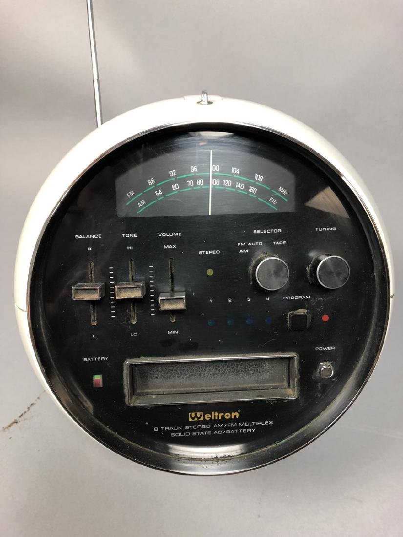 Weltron Space Age Ball Radio eight track Player. - 3