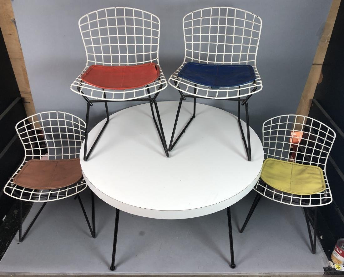 5pc HARRY BERTOIA Child's Play Set. Table & 4 KNO