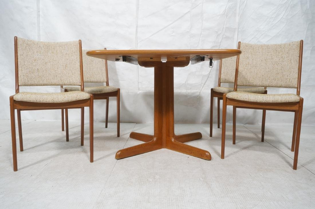 5pc Danish Modern Teak Dining Set. Square dining - 2