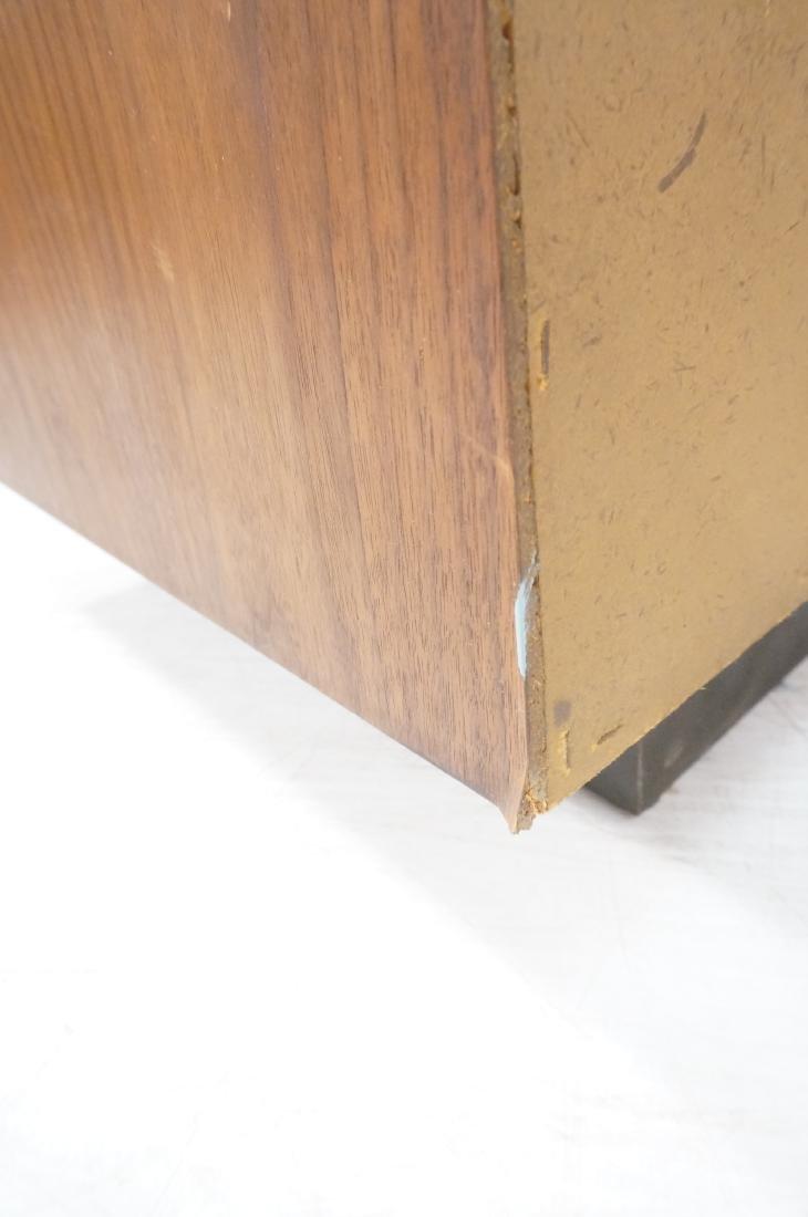 American Modern Walnut Dresser Bachelor's Chest. - 6