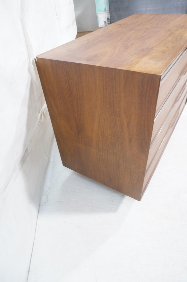 American Modern Walnut Dresser Bachelor's Chest. - 9