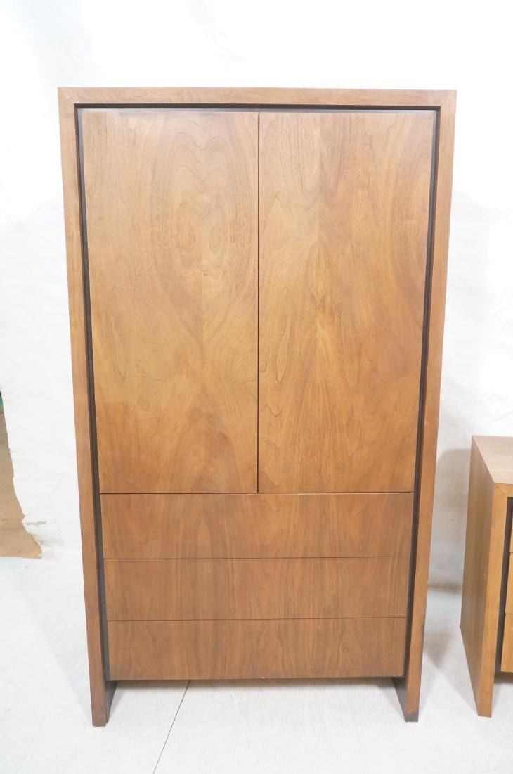 2Pc American Modern Walnut Bedroom Set DILLINGHAM - 7