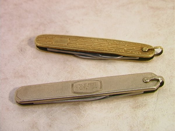 511: 2pcs 14K Gold Pocket Pen Knives Knife.  One with a