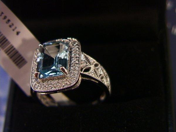 521: 14K Gold Blue Topaz and Diamond Ring.  4.14 ct Blu