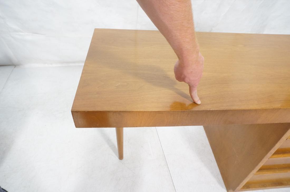ROBSJOHN GIBBINGS Modernist Writing Desk. 3 drawe - 9