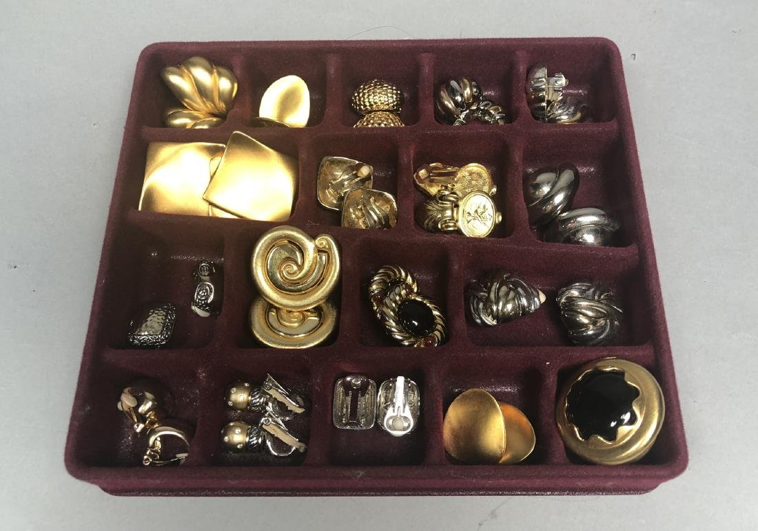 Large lot of Costume Jewelry Gold & Silver Tone E