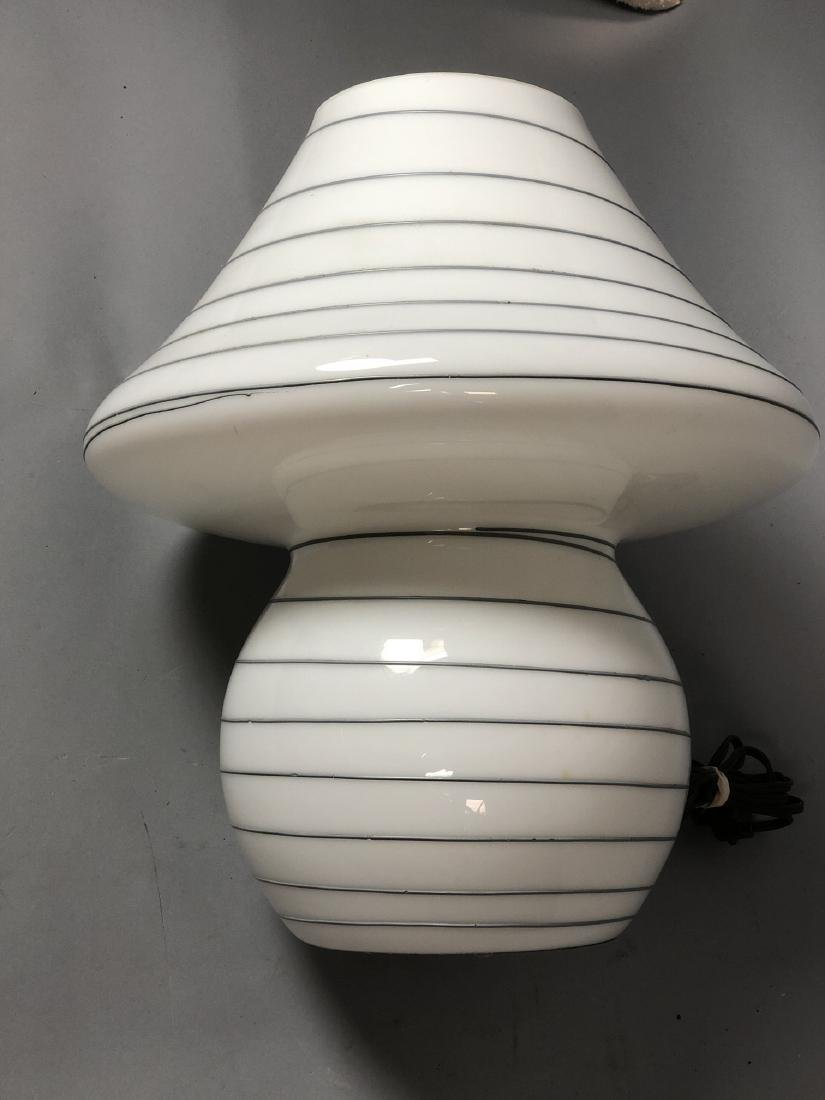 Murano Art Glass Mushroom Form Table Lamp. White - 5