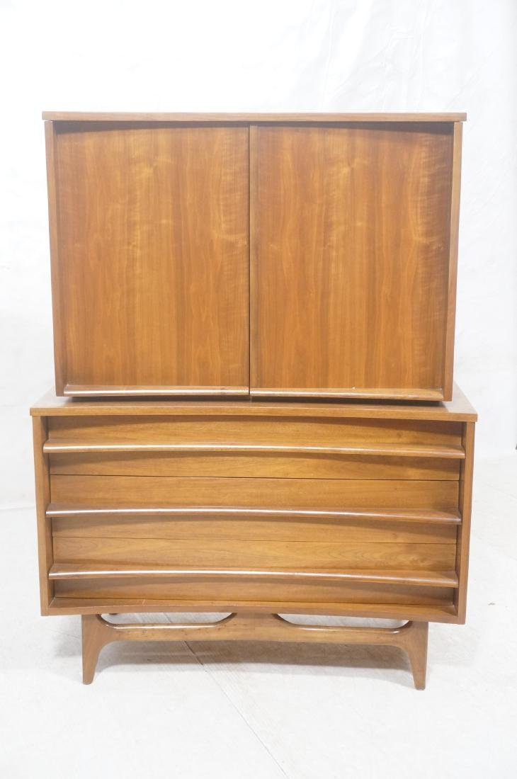 YOUNG American Modern Walnut Tall Chest Dresser. - 2