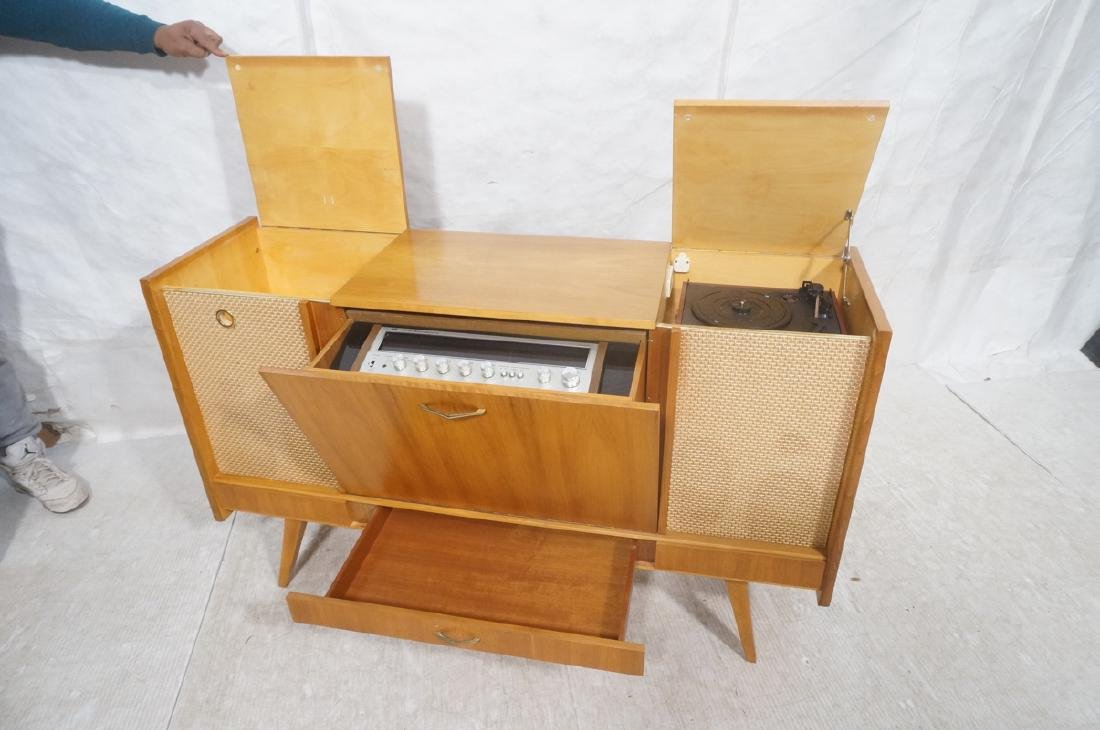 Mid Century Modern Blond Wood Stereo Cabinet. Two - 8