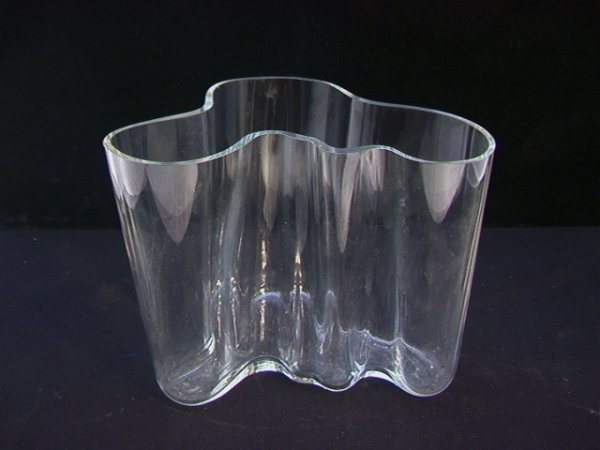 10: Large signed ALVAR AALTO freeform glass vase Finlan