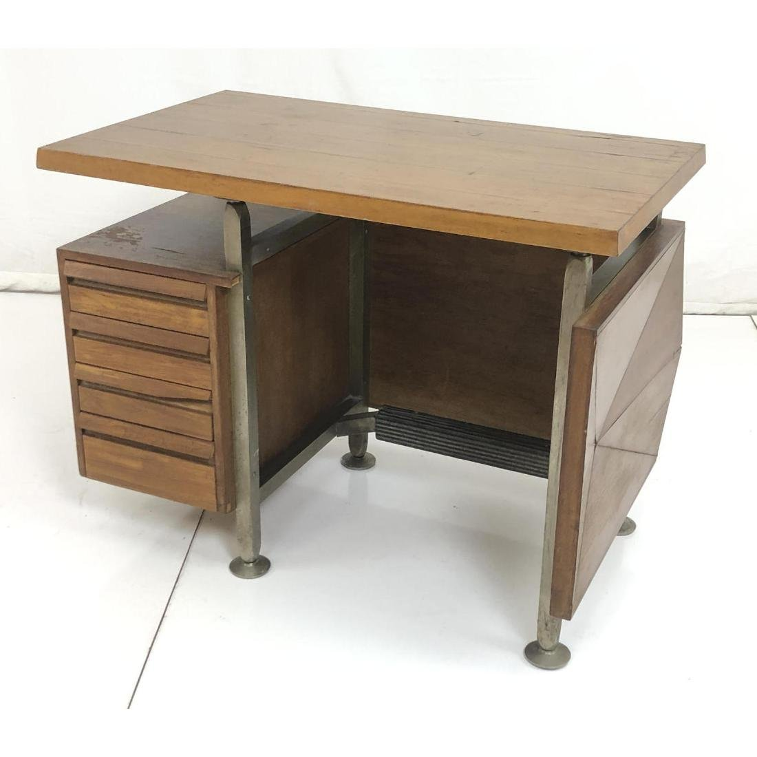 Gio Ponti style Modernist Writing Desk. Sculptura