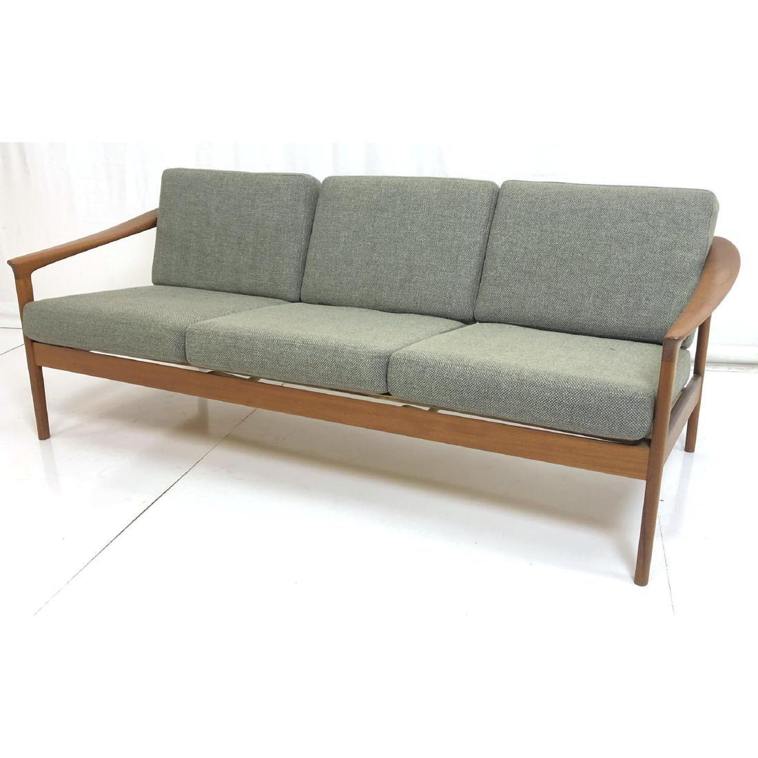 FOLKE OHLSSON Danish Modern Teak Sofa Couch . Ele
