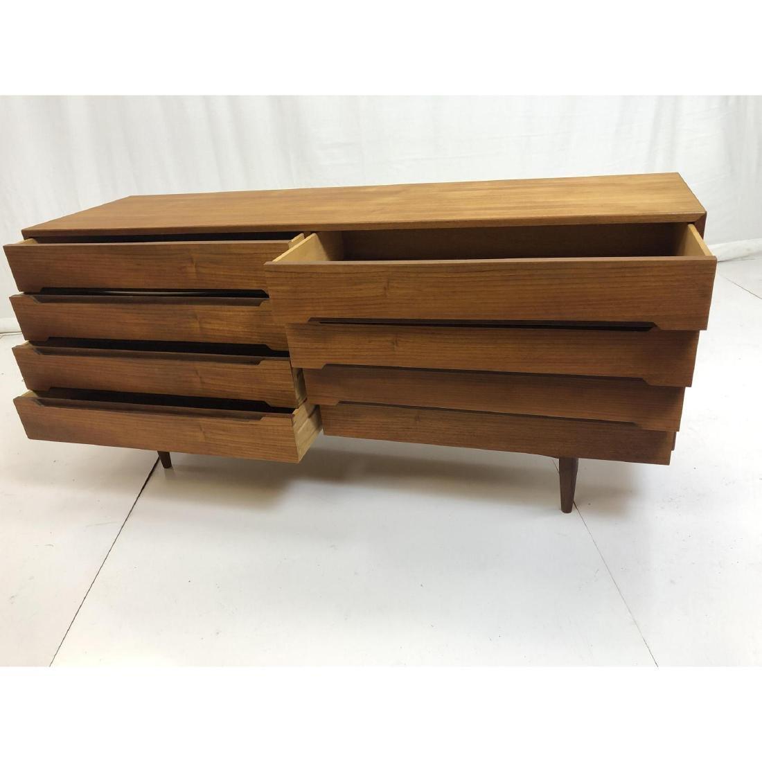 Danish Modern Teak Credenza Dresser Sideboard. In - 7