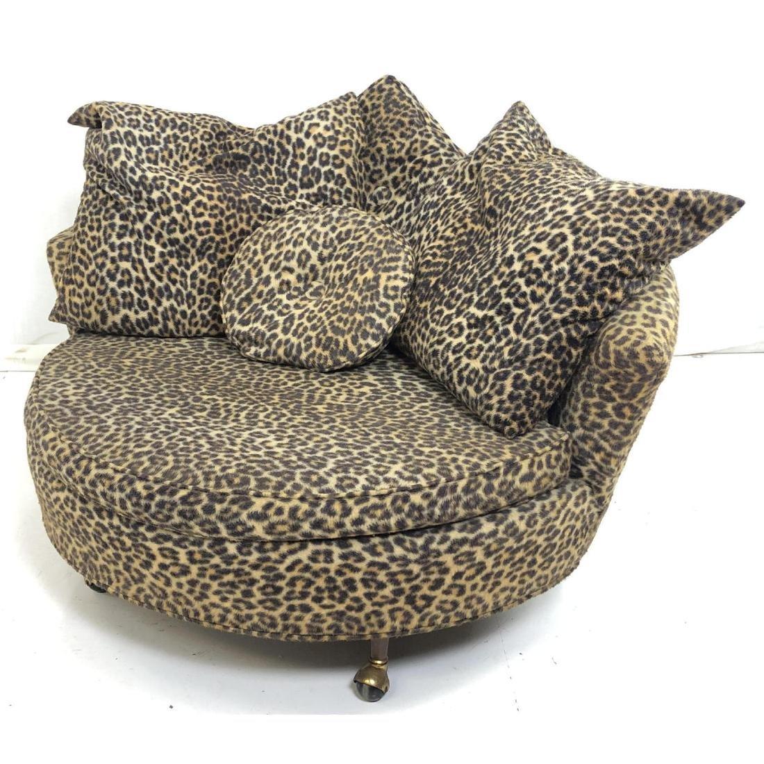 ADRIAN PEARSALL American Modern Round Lounge Chai