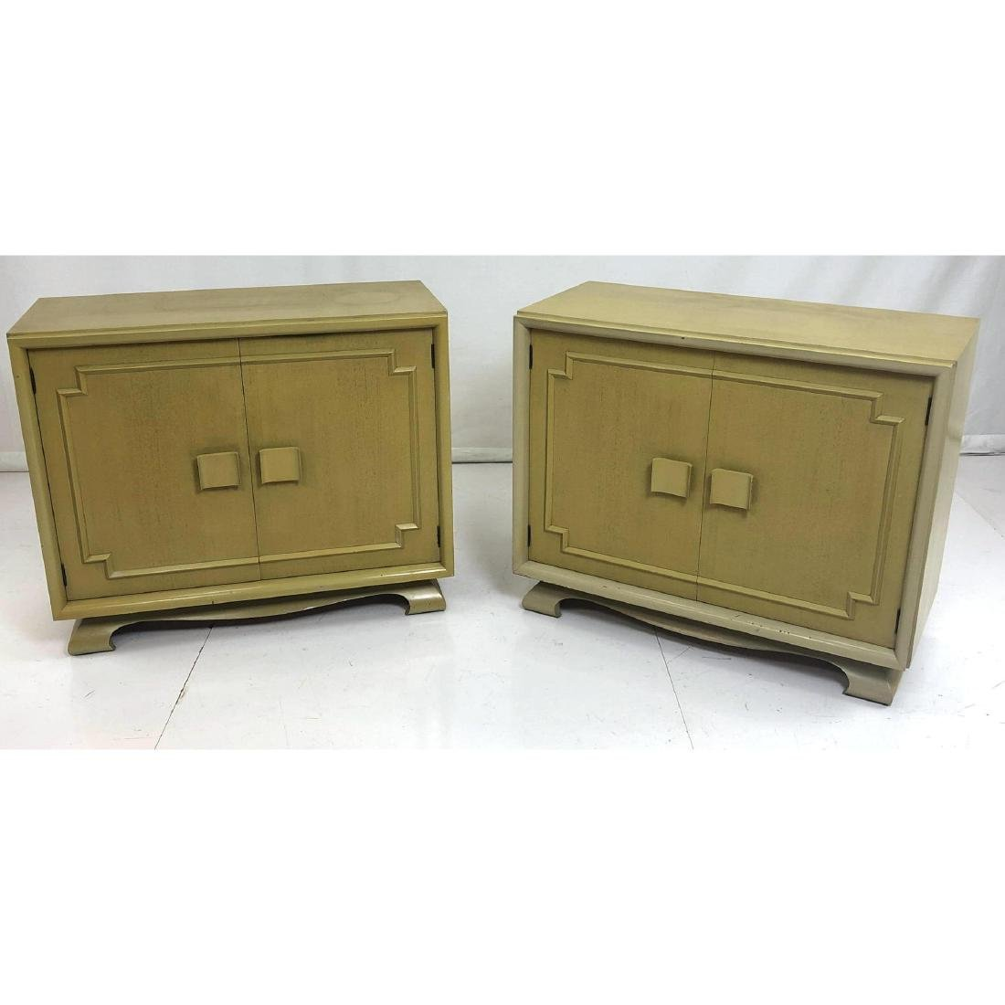 Pr Tall Painted Modernist Bachelors Chests. Stora