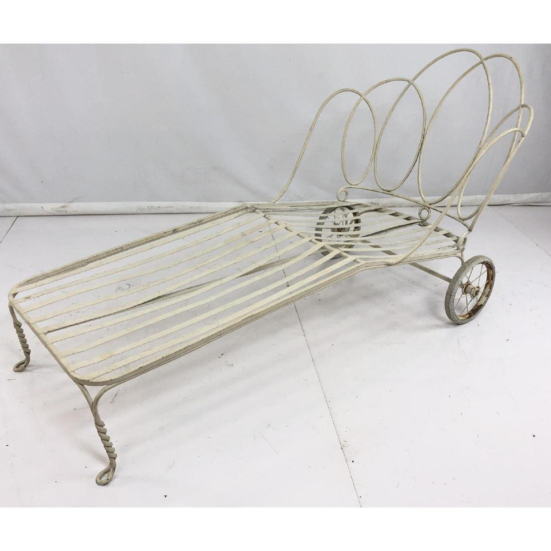 Antique Off White Iron Chaise Lounge. Decorative