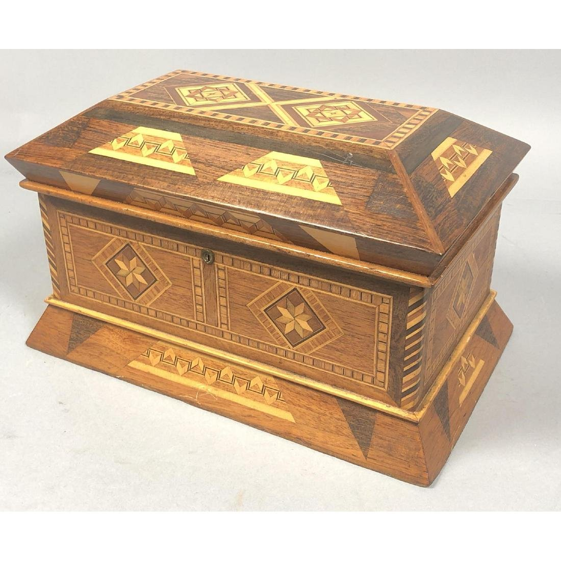 Antique Inlaid Marquetry Wood Jewelry Box. Contra