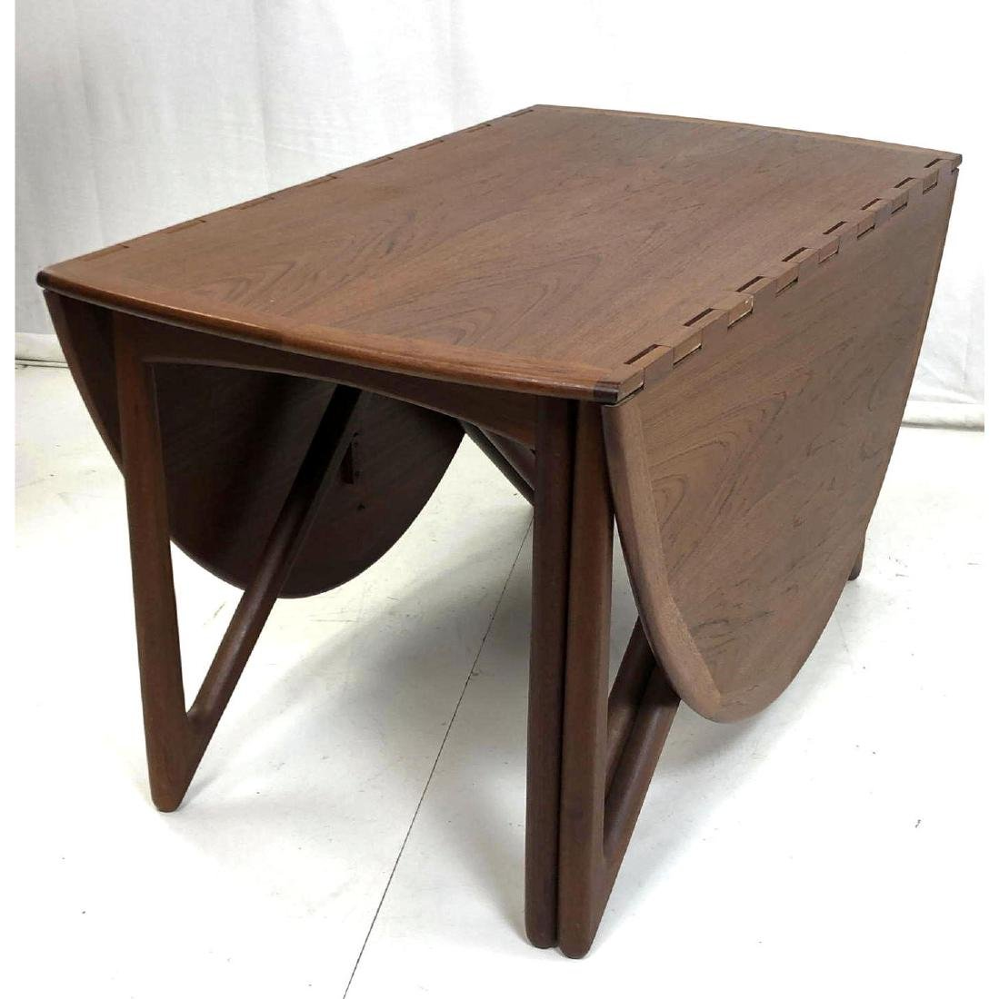 KURT OSTERVIG Danish Teak Modern Dining Table. Se