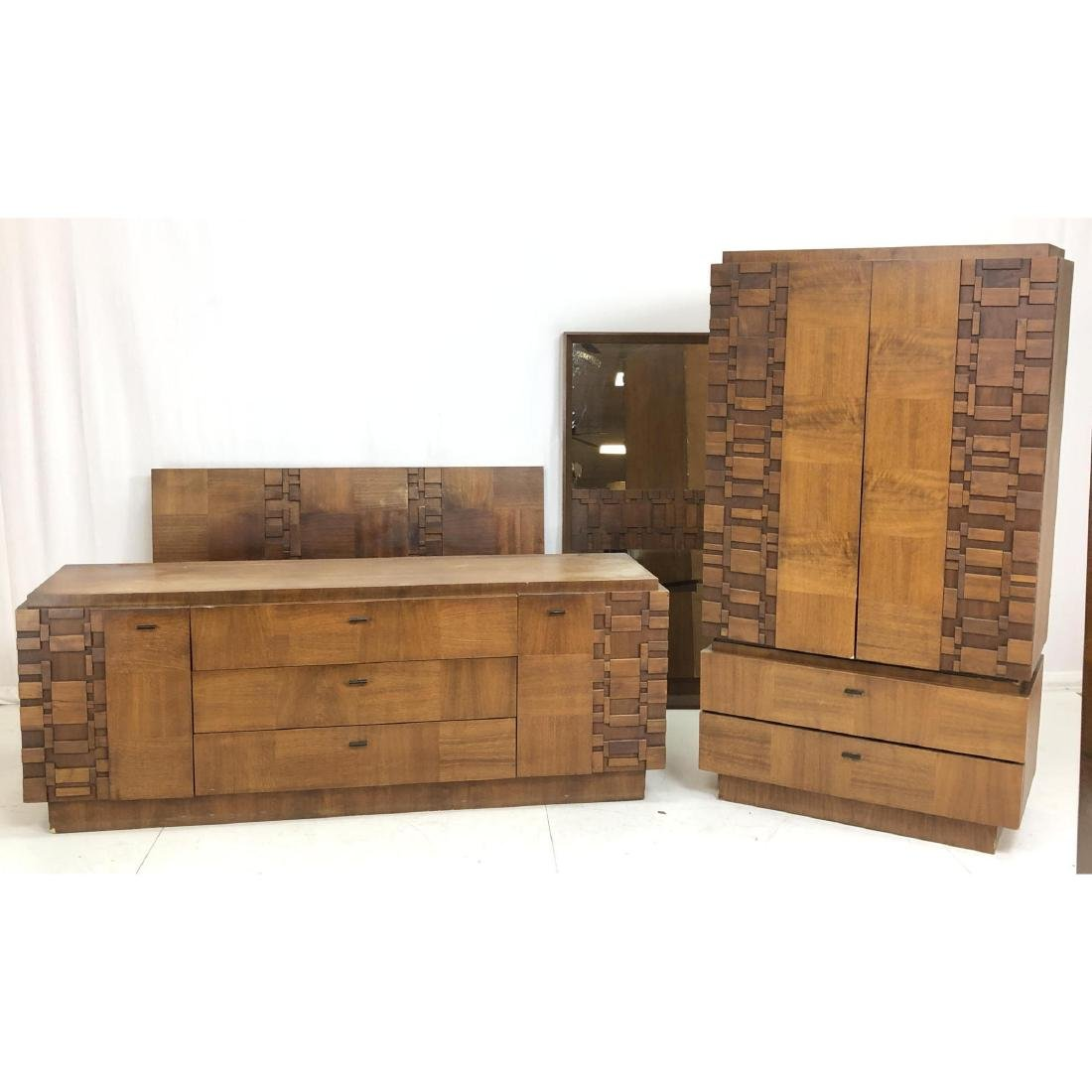5pc LANE American Modern Walnut Bedroom Set. Paul