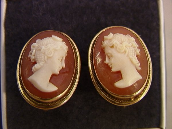 6: 14K YG Carved Shell Cameo Earrings. Oval shell carve