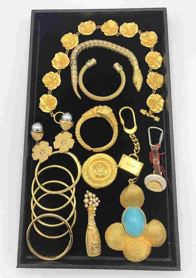 17 Pc Gilt Metal Costume Jewelry Lot. BALLY Brief