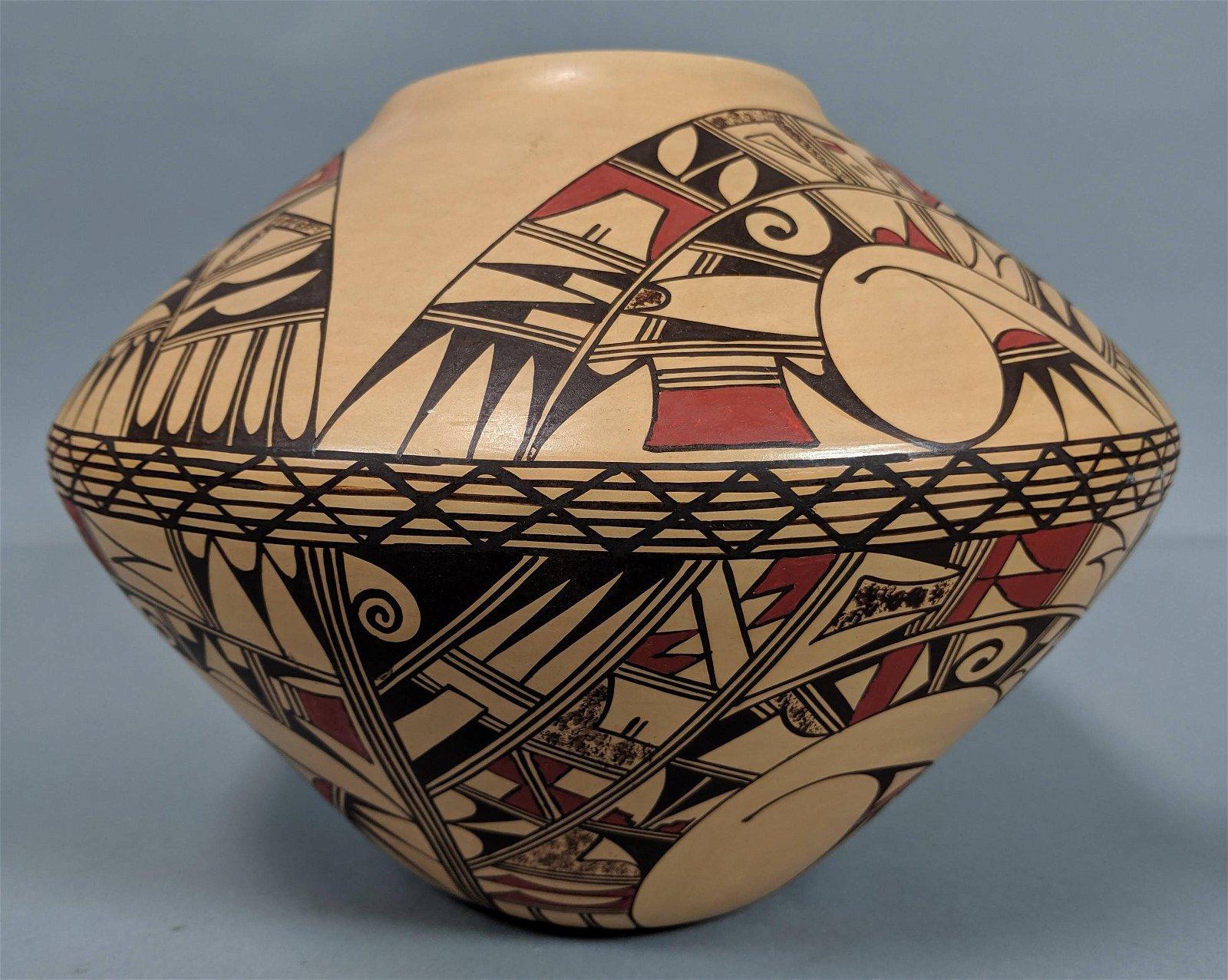 HOPI Hand Painted Native Indian Pottery Vase. JOF