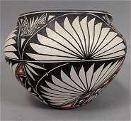 Small ACOMA PUEBLO Native American Vase. D. ANTON