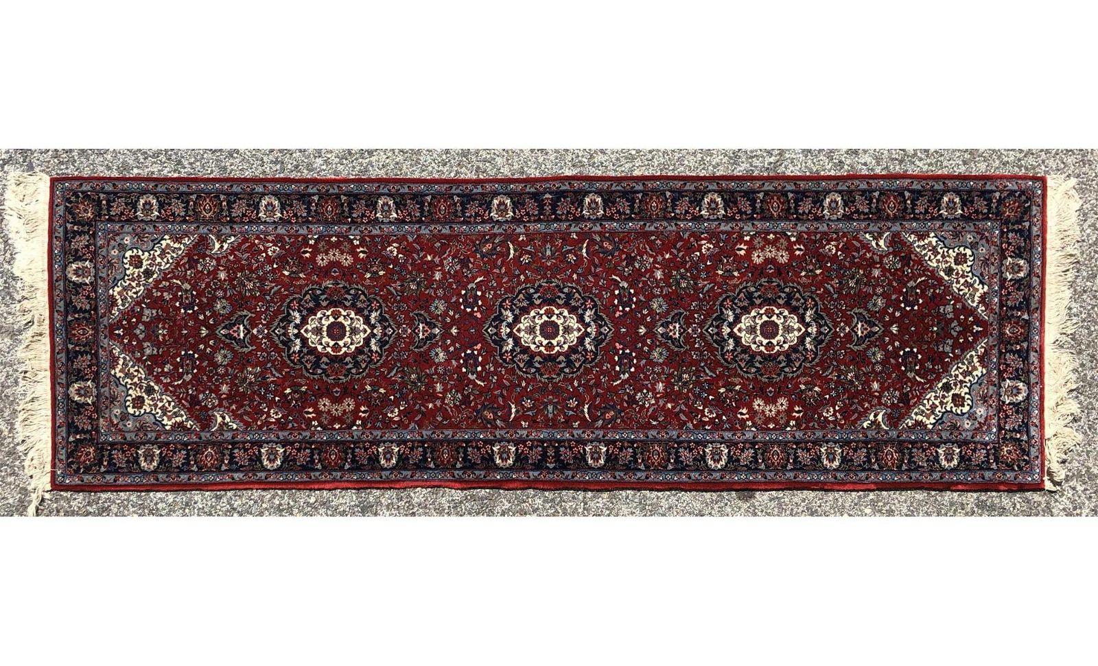 8'2 x 3'2 Handmade Runner Oriental Rug Carpet.  B