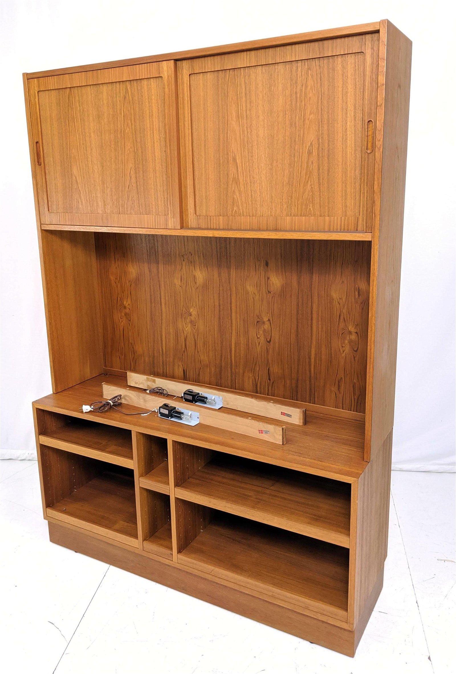 HUNDEVAD 2pc Bookcase, Shelf Unit. Danish Teak Mo