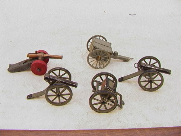 14: 5 pc Vintage Lead Wheeled Cannons France Germany 3