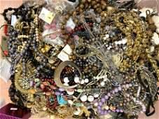 LOT G HUGE BOX LOT Vintage Costume Jewelry. Beaded Neck