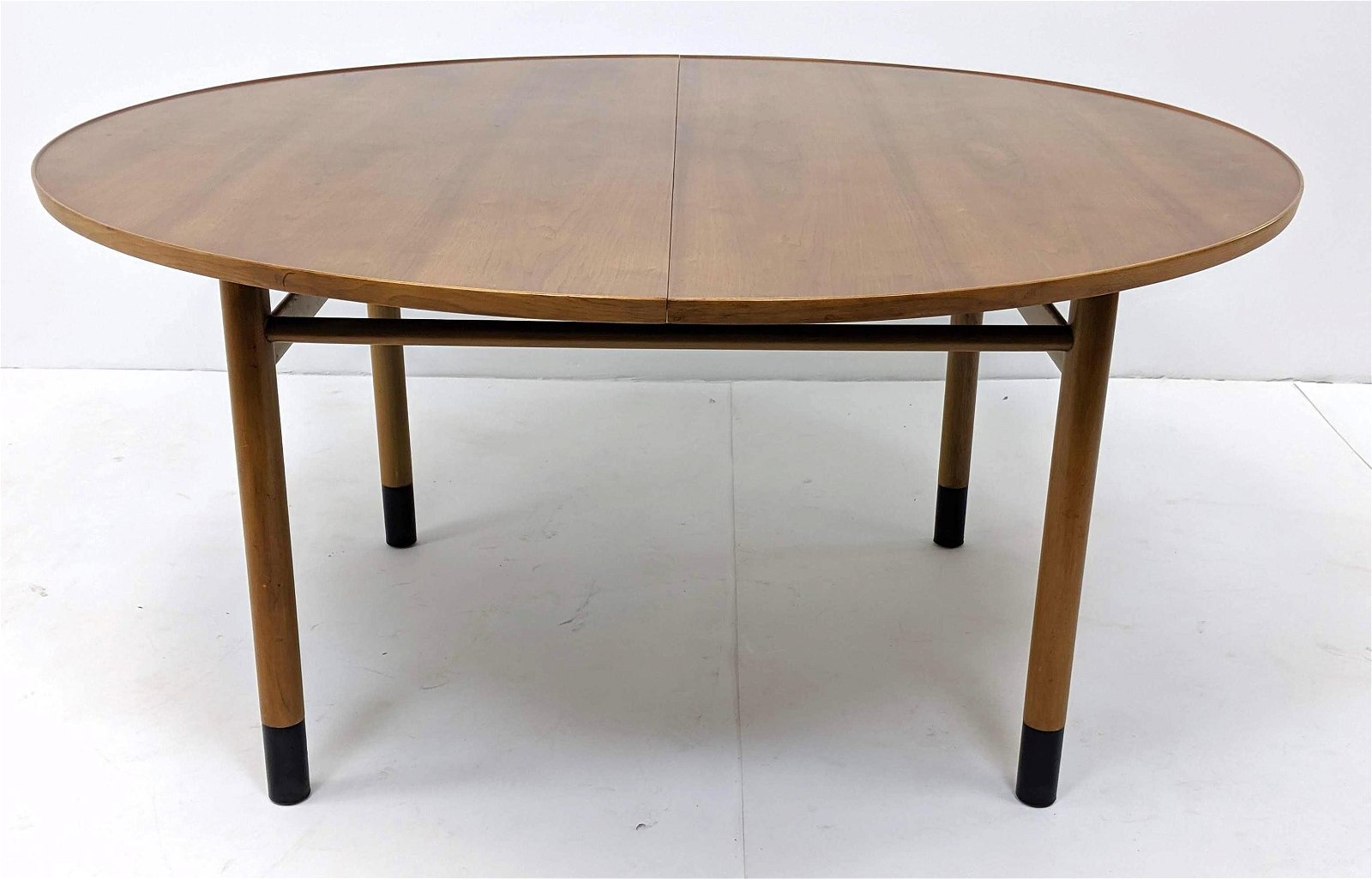 EDWARD WORMLEY for DUNBAR Round Modernist Dining Table.