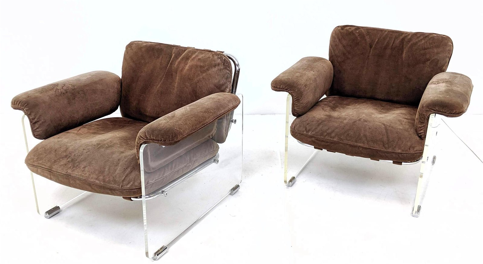Pr PACE INTERNATIONAL Lounge Chairs. Italian Suede Loun