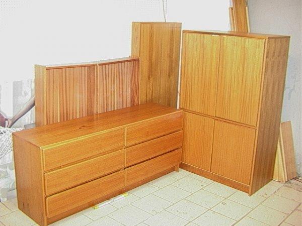 652: SCAN COLL Danish TEAK Bedroom Set. Platform Bed, L